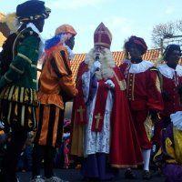 Burgemeester heet St. Nicolaas welkom in Nootdorp