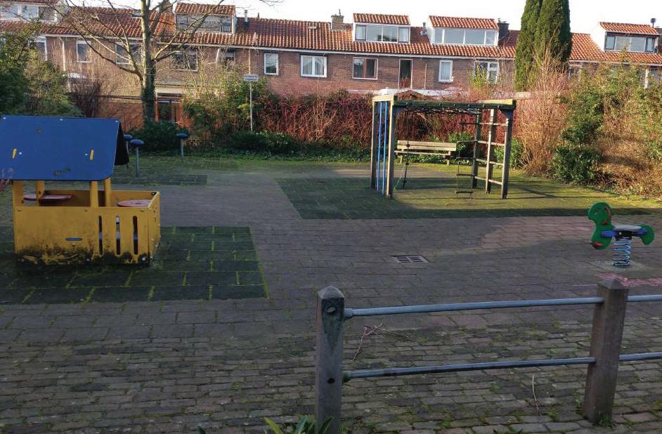 Speelplek Anna van Burenstraat kan weg