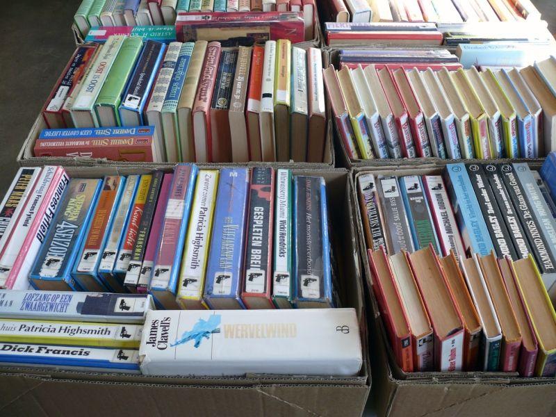 Afgeschreven boeken in de verkoop