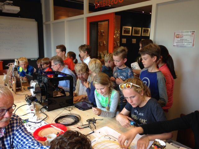 Bibliotheek laat kids weer kennismaken met programmeren