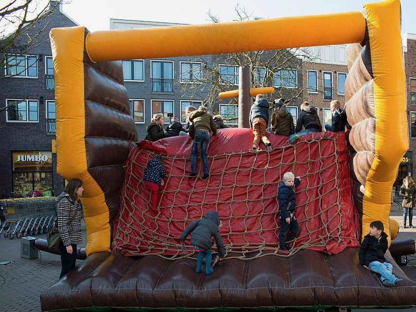 Kinderparade in winkelcentrum Parade Nootdorp
