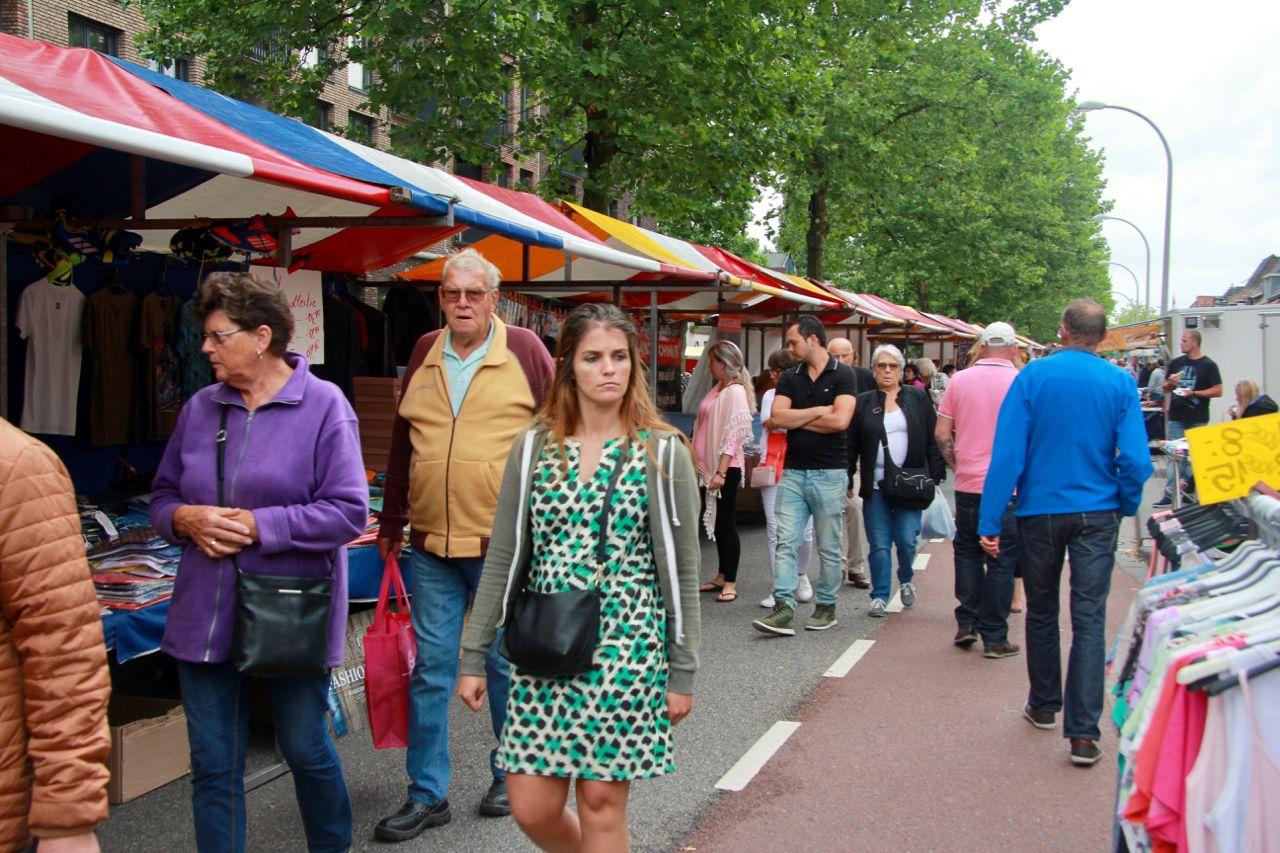 Gezellige Jaarmarkt in het centrum van Pijnacker
